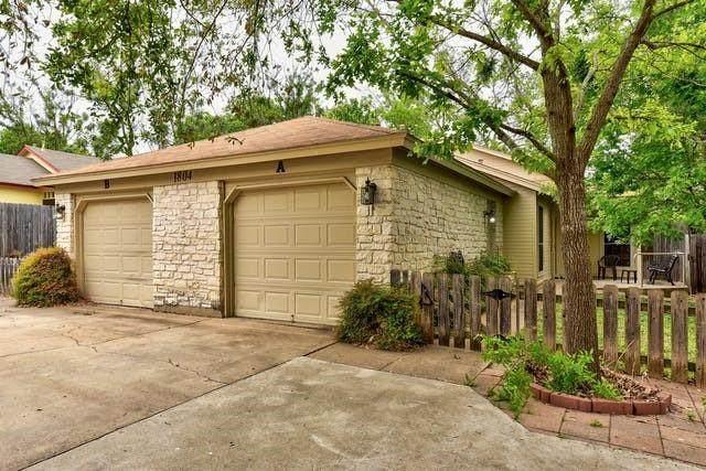 1804 Prairie Knoll Ct, Austin, TX 78758 (#6691506) :: Lauren McCoy with David Brodsky Properties