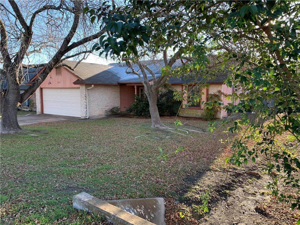 1005 Cresswell Dr - Photo 1