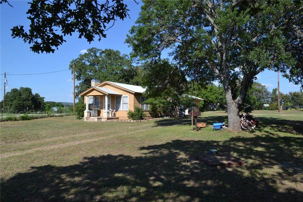 17208 Ranch Road 2241 - Photo 1