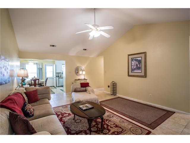 11432 Bristle Oak Trl, Austin, TX 78750 (#6974021) :: Watters International