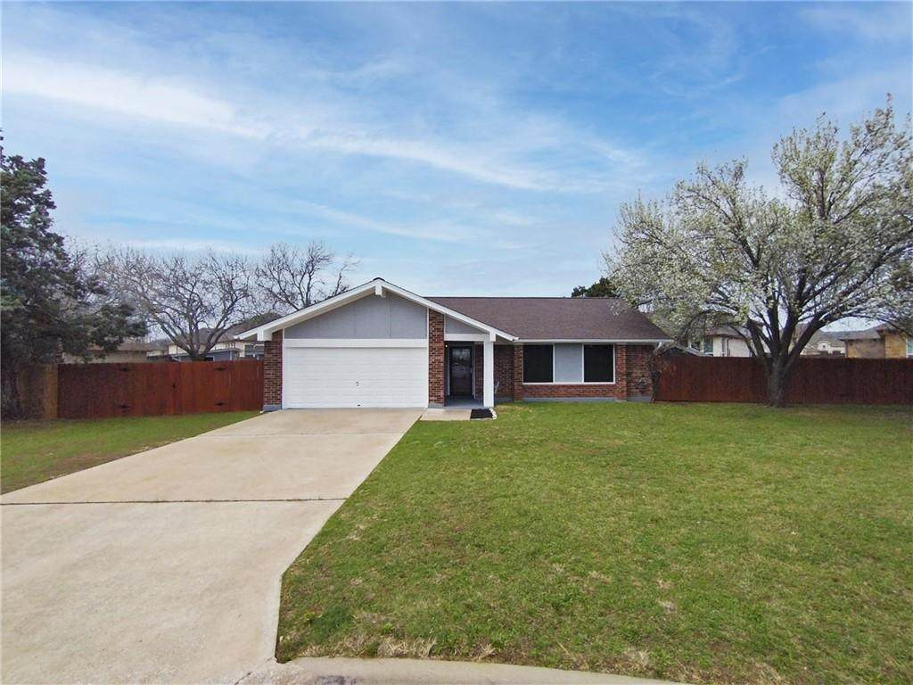 301 Parkway Dr - Photo 1