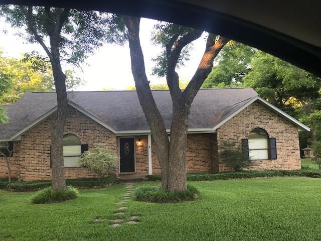 123 Mitchell St, Smithville, TX 78957 (#7043491) :: Papasan Real Estate Team @ Keller Williams Realty