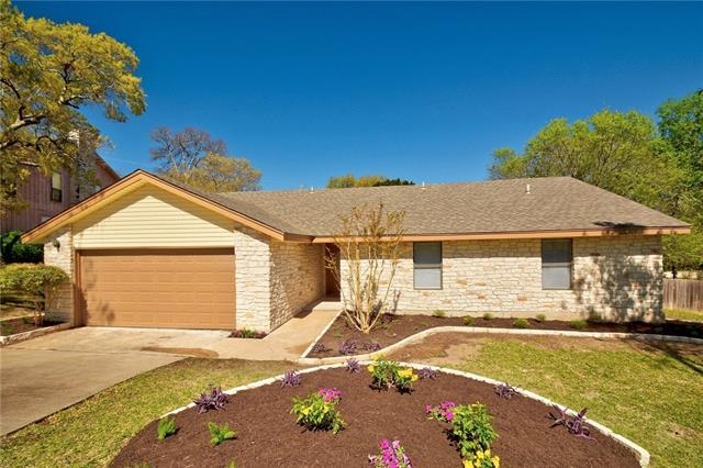 11204 Hidden Bluff Dr, Austin, TX 78754 (#7125112) :: Ana Luxury Homes