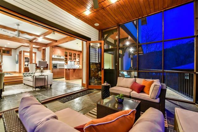 12417 River Bnd #14, Austin, TX 78732 (#7131753) :: Ana Luxury Homes