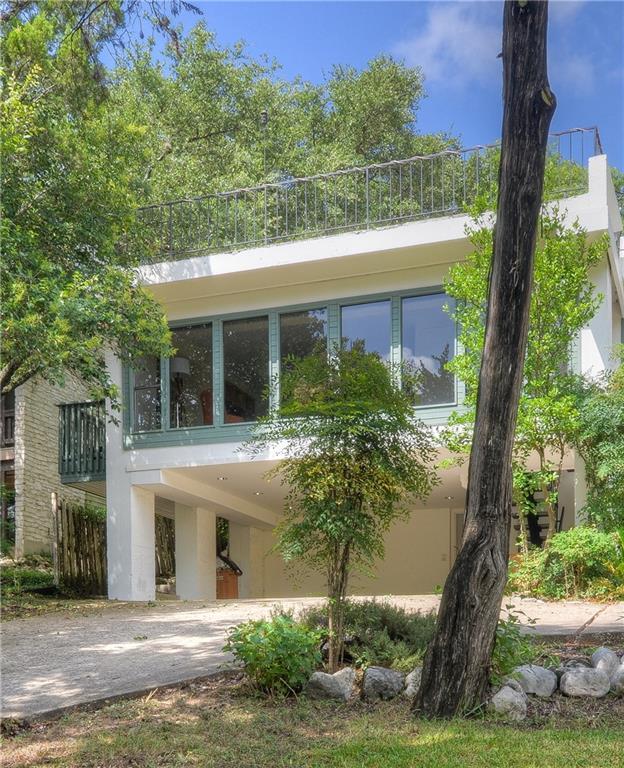 6304 Shadow Valley Dr A, Austin, TX 78731 (#7213327) :: Ana Luxury Homes