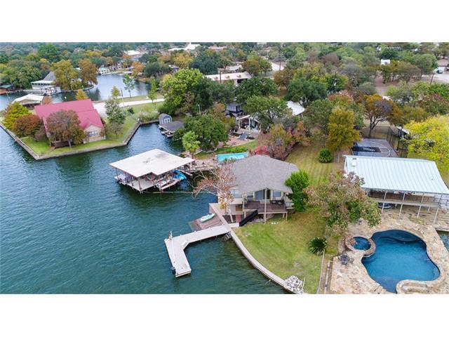 220 E Lakeshore Dr, Sunrise Beach, TX 78643 (#7311888) :: Forte Properties