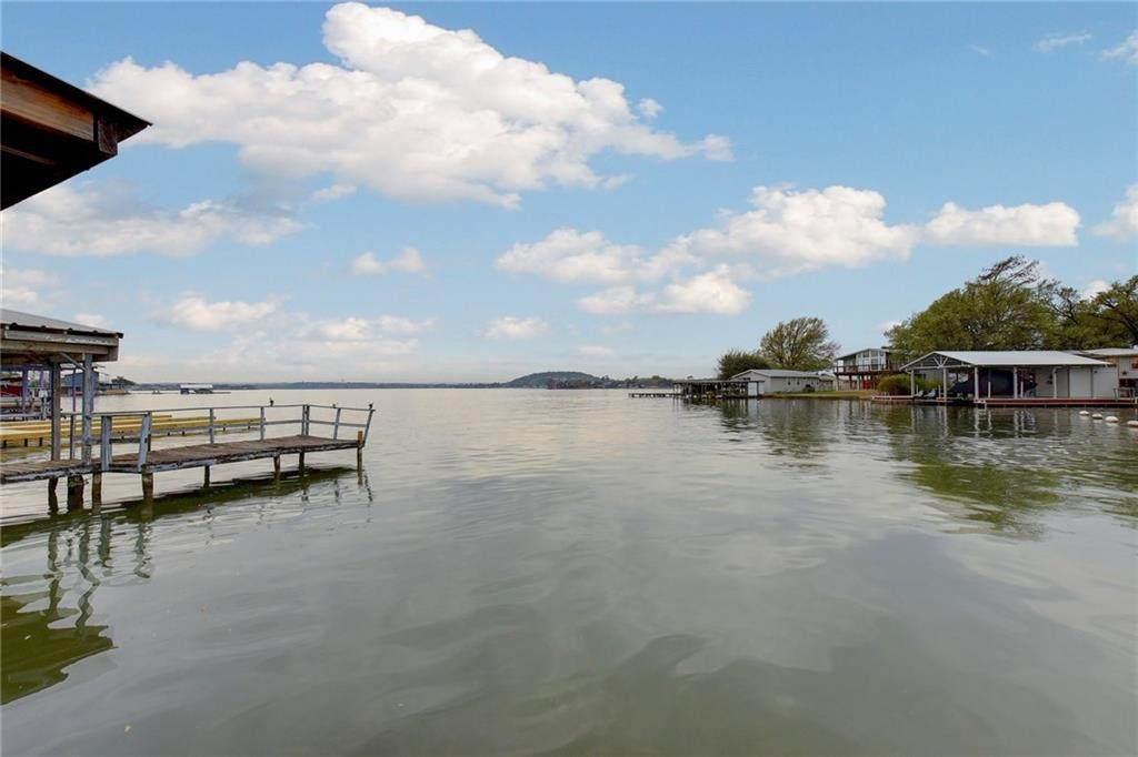 326 Lakeshore Dr - Photo 1