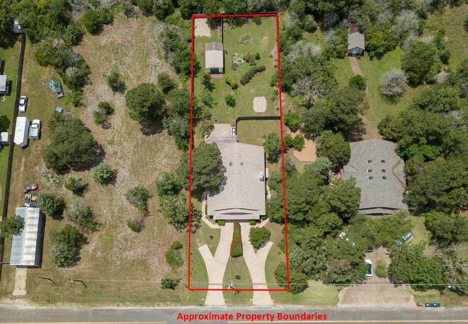 118 Commercial Dr - Photo 1