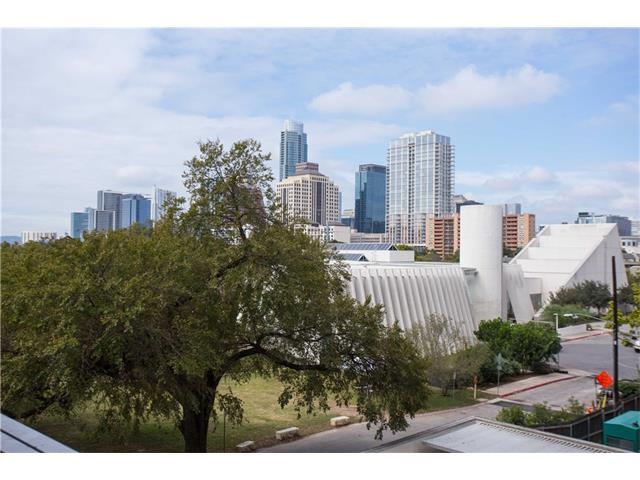 54 Rainey St #521, Austin, TX 78701 (#7569738) :: Allison Gaddy