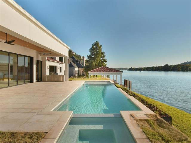 3904 Watersedge Dr, Austin, TX 78731 (#7574523) :: The Gregory Group