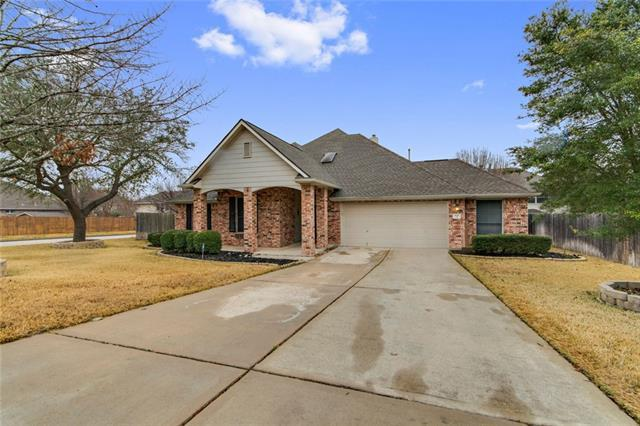 800 Oxford Dr, Pflugerville, TX 78660 (#7630094) :: The Gregory Group