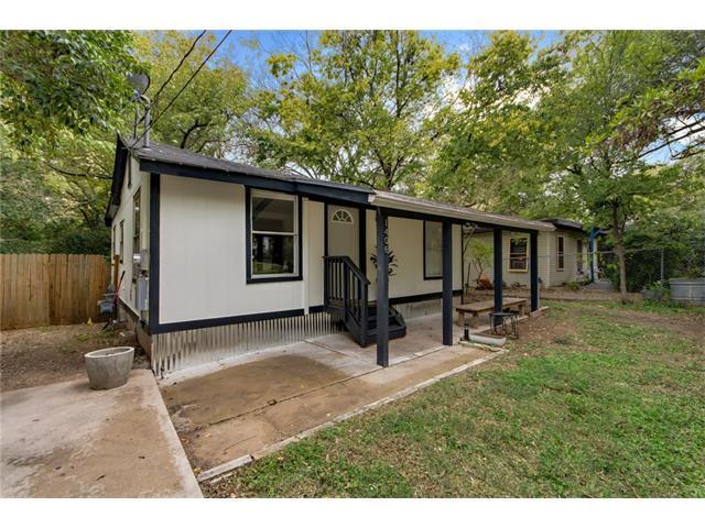 1406 Deloney St, Austin, TX 78721 (#7637850) :: Magnolia Realty
