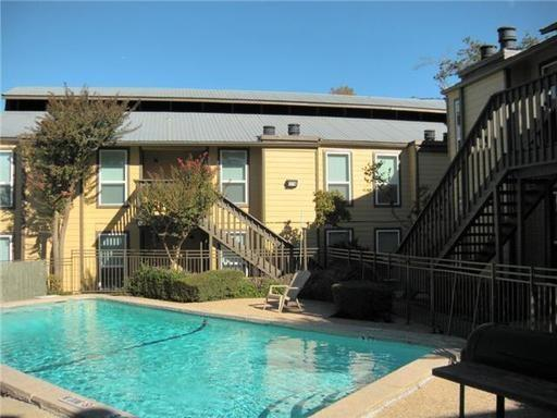 1000 W 26th St #110, Austin, TX 78705 (#7670751) :: The Gregory Group