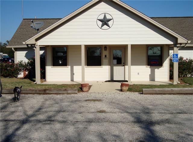 5784 Us Highway 90A, Gonzales, TX 78629 (#7802974) :: Watters International