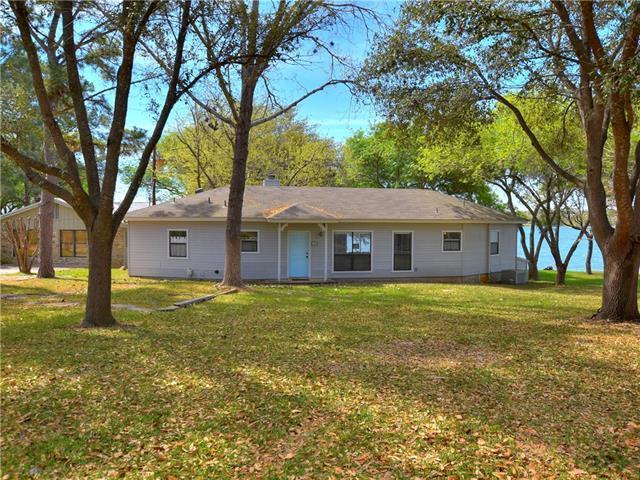 286 E Lakeshore Dr, Sunrise Beach, TX 78643 (#7831095) :: Douglas Residential