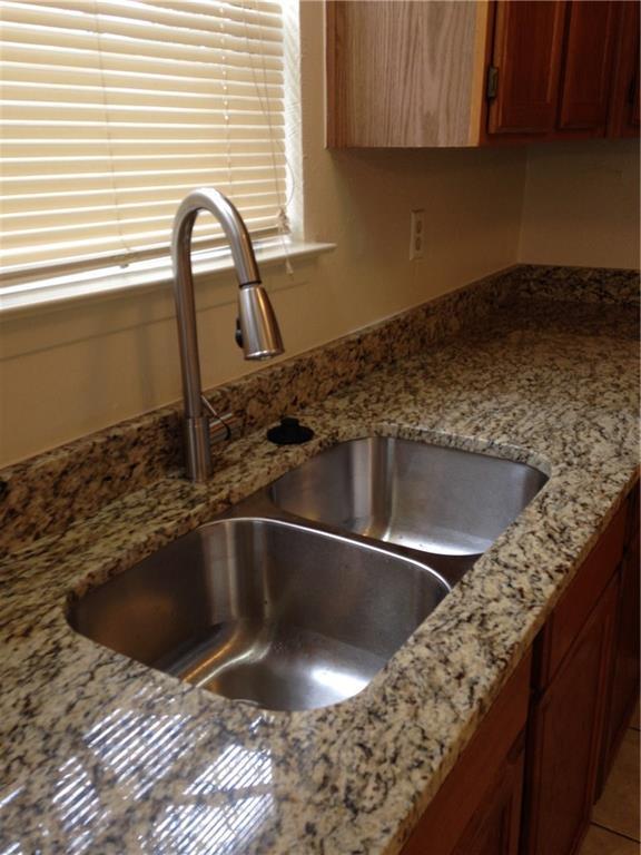 8002 Tuscarora Trl, Austin, TX 78729 (#7970821) :: Papasan Real Estate Team @ Keller Williams Realty