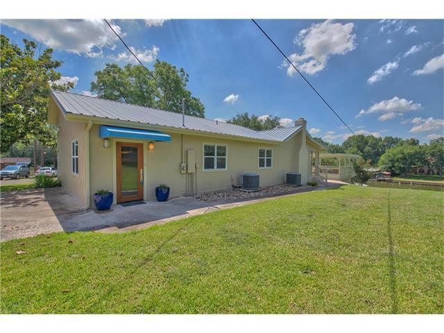 124 Lakeshore Dr, Horseshoe Bay, TX 78657 (#8015328) :: Forte Properties