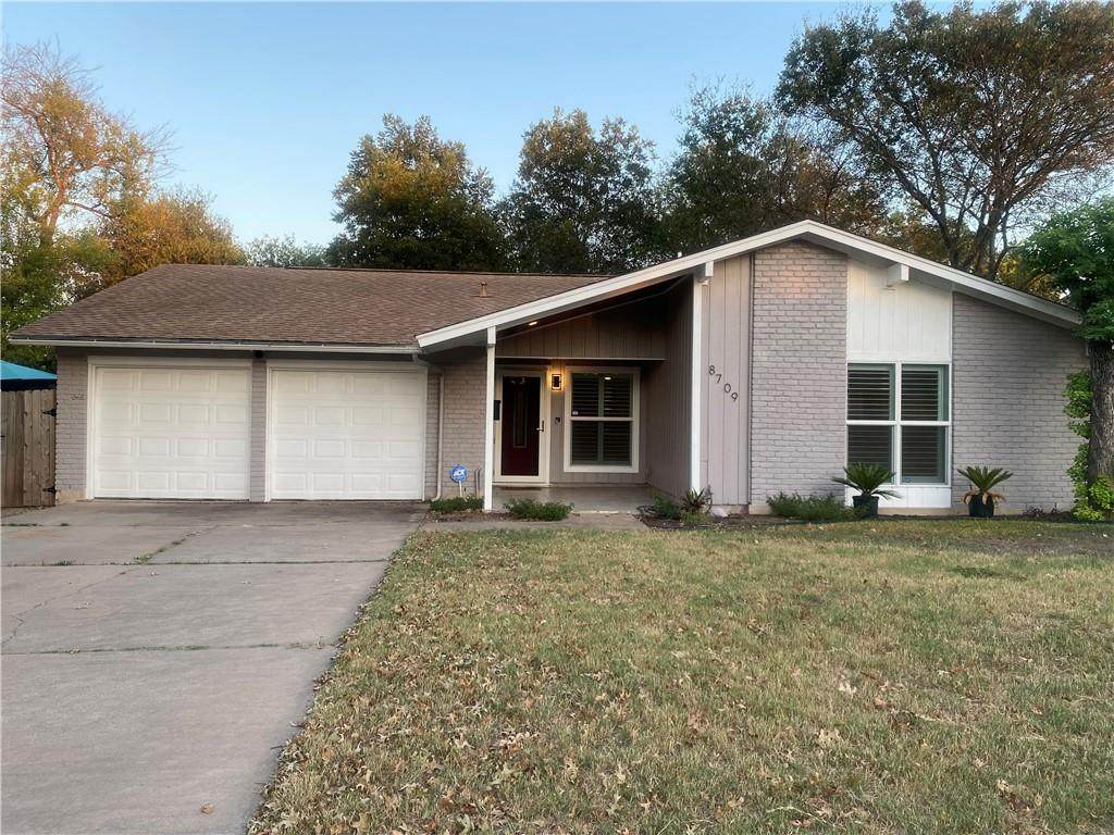 8709 Colonial Dr - Photo 1