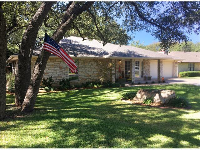 207 Oakwood Dr, Georgetown, TX 78628 (#8172569) :: The Heyl Group at Keller Williams