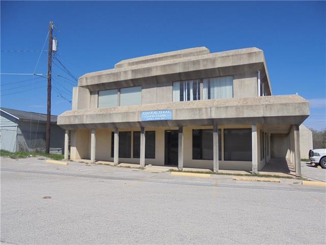 500 Buchanan Dr, Burnet, TX 78611 (#8177781) :: The Perry Henderson Group at Berkshire Hathaway Texas Realty