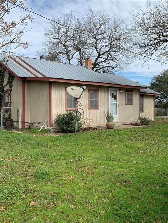 421 E State Loop 543, West Point, TX 78963 (#8208433) :: Papasan Real Estate Team @ Keller Williams Realty