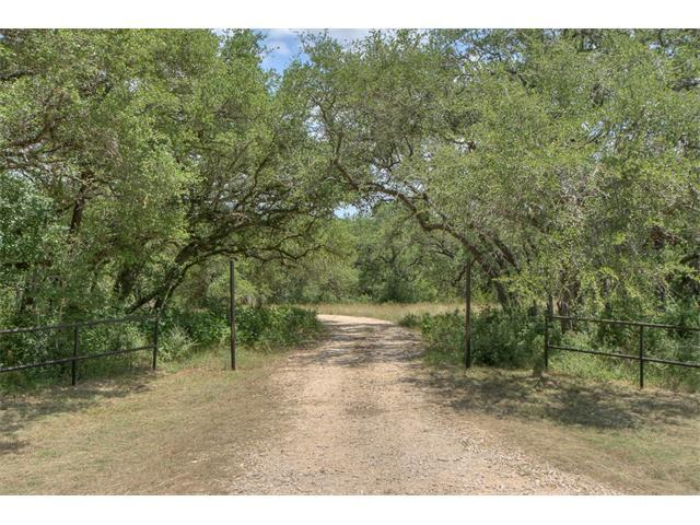 1555 Steeplebrook Dr, San Marcos, TX 78666 (#8215485) :: Kevin White Group