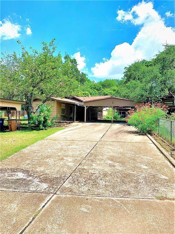 1102 Darvone Cir, Austin, TX 78745 (#8220986) :: Realty Executives - Town & Country