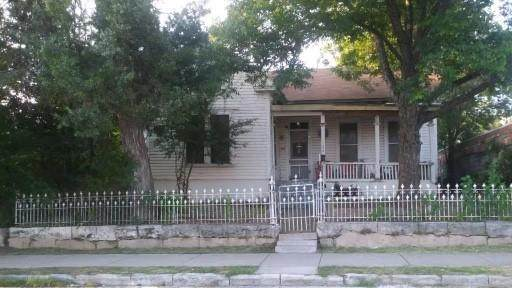 1204 E 6th St, Austin, TX 78702 (#8313878) :: Tai Earthman | Keller Williams Realty