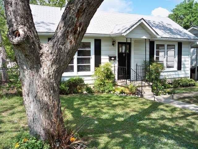 1916 W 38th St, Austin, TX 78731 (#8366403) :: Douglas Residential