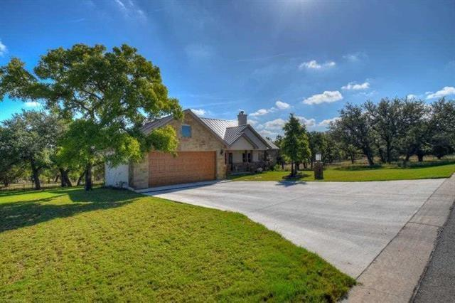 401 Cat Canyon Rd, Horseshoe Bay, TX 78657 (#8409987) :: Watters International