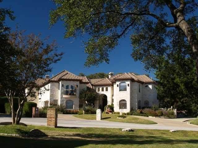 8 Heatherbloom Ln, The Hills, TX 78738 (MLS #8412365) :: Vista Real Estate