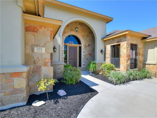 101 Howard Ln, Liberty Hill, TX 78642 (#8423627) :: Forte Properties