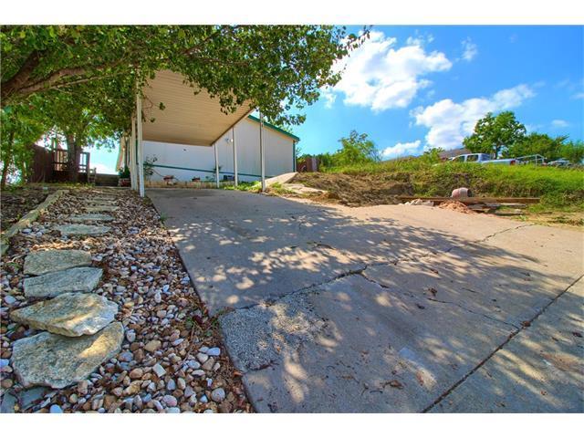 6811 Breezy Hill Dr, Austin, TX 78724 (#8439073) :: Papasan Real Estate Team @ Keller Williams Realty