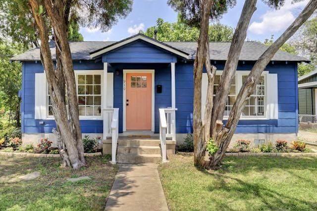 910 E 55th St, Austin, TX 78751 (#8505592) :: Green City Realty