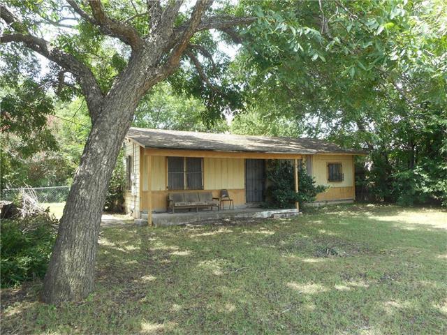 6811 E Riverside Dr, Austin, TX 78741 (#8548635) :: The ZinaSells Group