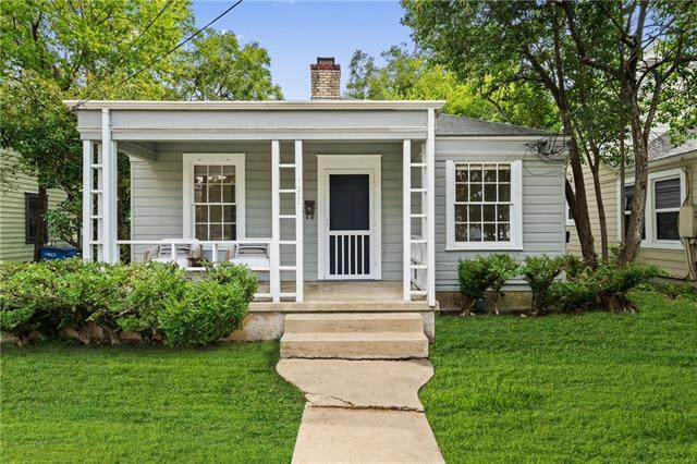 1305 E 28TH St, Austin, TX 78722 (#8579302) :: The Perry Henderson Group at Berkshire Hathaway Texas Realty