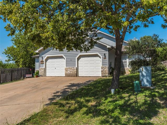 517 Cutty Trl, Lakeway, TX 78734 (#8672427) :: Watters International