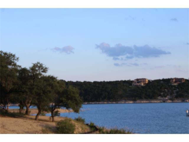 20217 Continental Dr, Lago Vista, TX 78645 (#8732402) :: Papasan Real Estate Team @ Keller Williams Realty