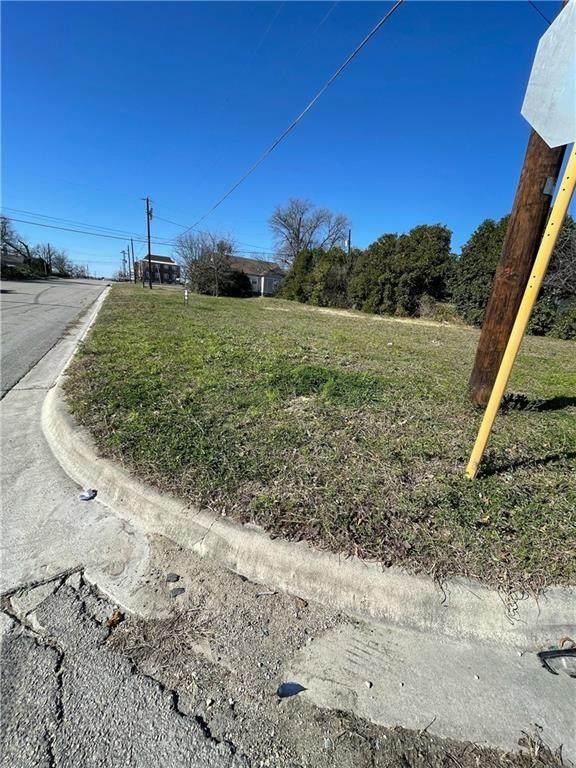 514 E Avenue C, Temple, TX 76501 (#8734070) :: 12 Points Group