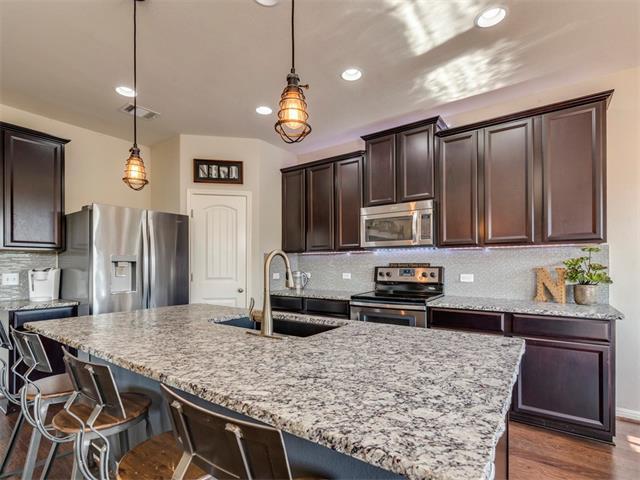 10825 Dinah Dr, Austin, TX 78748 (#8918031) :: Papasan Real Estate Team @ Keller Williams Realty