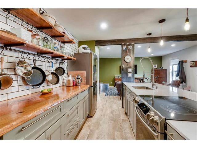 2302 East Side Dr #28, Austin, TX 78704 (#8941568) :: The ZinaSells Group