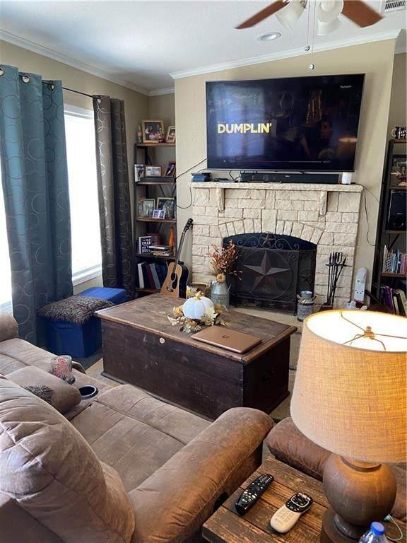 421 Krchnak Rd, Smithville, TX 78957 (MLS #8960403) :: Green Residential