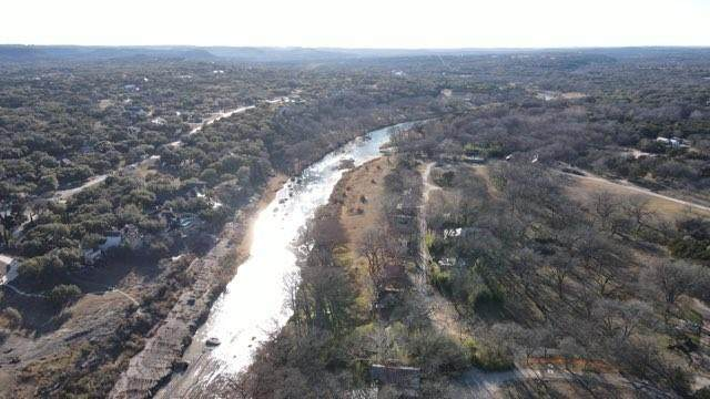130 Southriver, Wimberley, TX 78676 (#8969148) :: Front Real Estate Co.