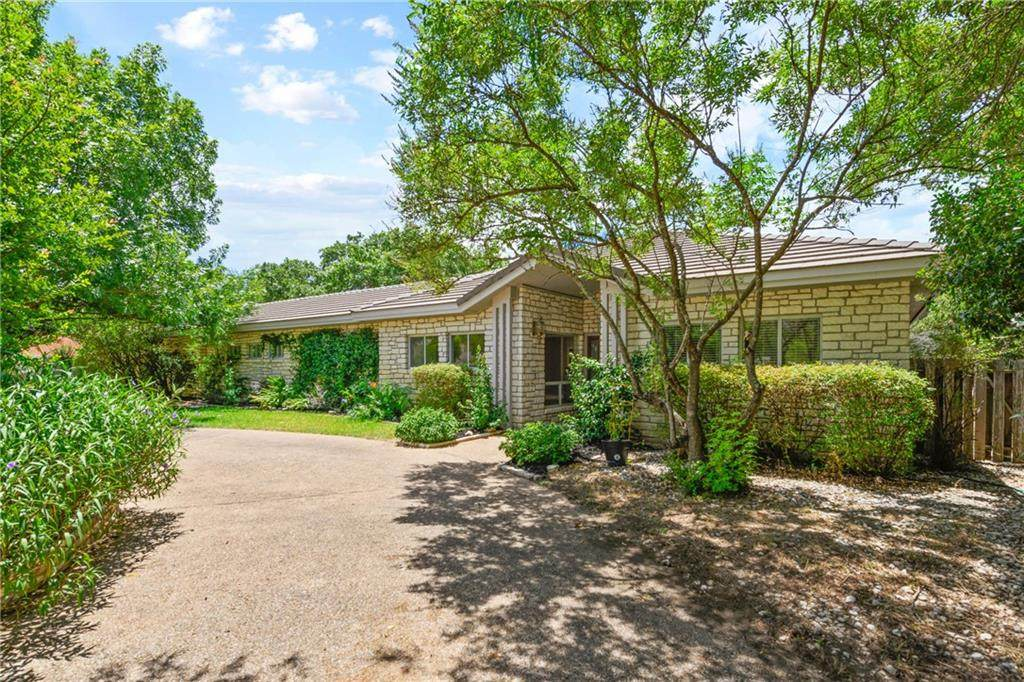 723 Rolling Green Dr - Photo 1
