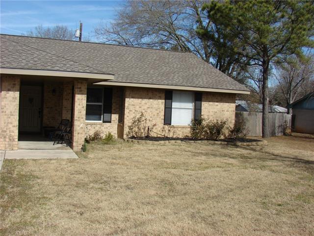 1802 Pecos Ave, Rockdale, TX 76567 (#9225221) :: Forte Properties