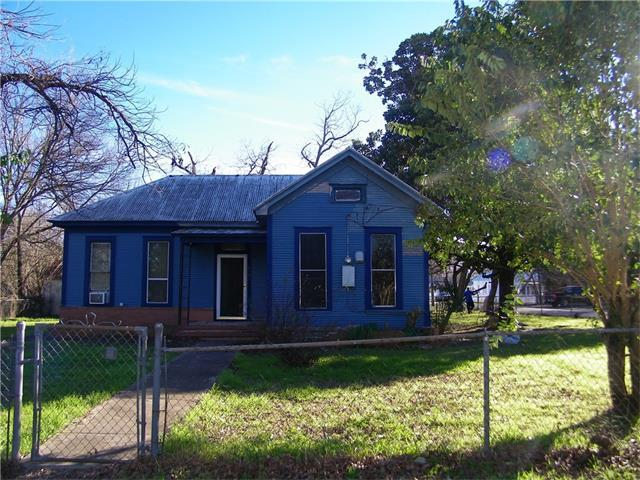 1101 Pine St, Bastrop, TX 78602 (#9238790) :: Watters International