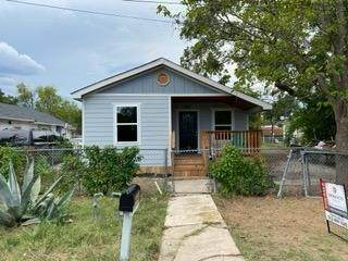 502 W Pecan St, Taylor, TX 76574 (#9273000) :: 12 Points Group