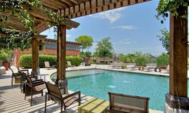 2017 Sharper Mews Ln, Austin, TX 78741 (#9290754) :: RE/MAX Capital City