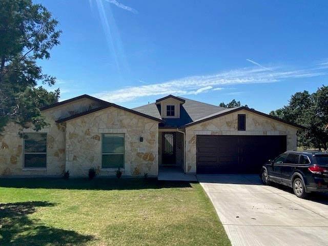 21221 Oak Dale Dr, Lago Vista, TX 78645 (#9386484) :: All City Real Estate