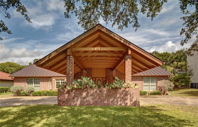 107 Tallstar Dr, Lakeway, TX 78734 (#9474695) :: The ZinaSells Group